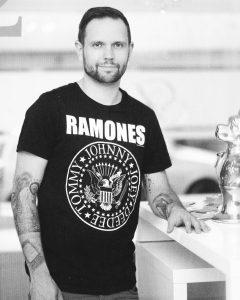 Steven Inhaber von Ad Infinitum Tattoo Studio aus Bochum Ehrenfeld